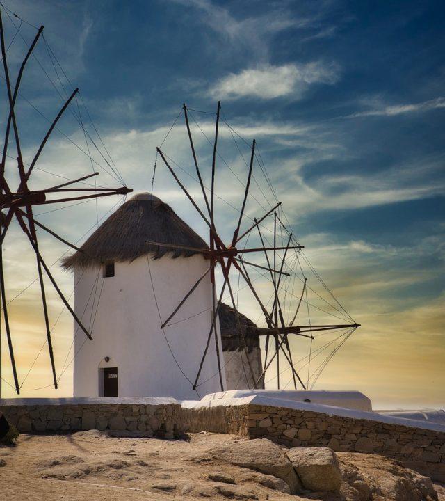 windmills-4989213_1280